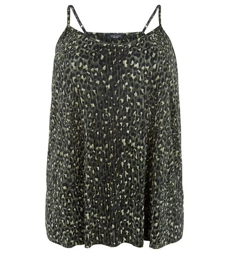 Curves Green Animal Print Pleated Cami  | New Look