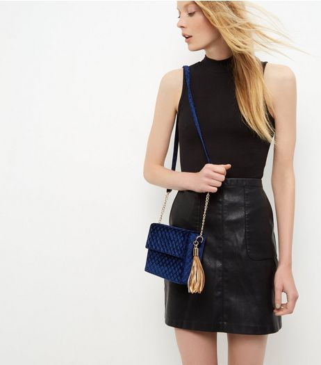 Navy Velvet Quilted Tassel Shoulder Bag | New Look