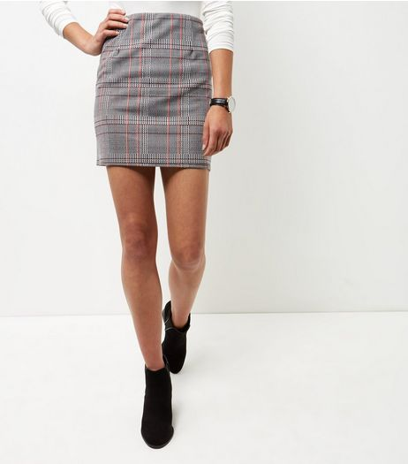 Black Houndstooth Check A-Line Skirt  | New Look