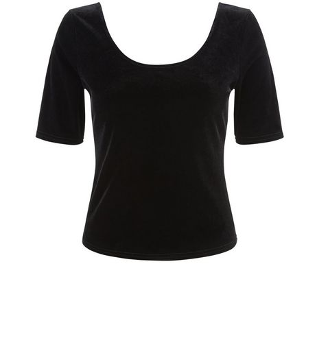 Petite Black Velvet 1/2 Sleeve Scoop Neck Top | New Look