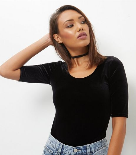 Tall Black Scoop Neck Velvet Top | New Look