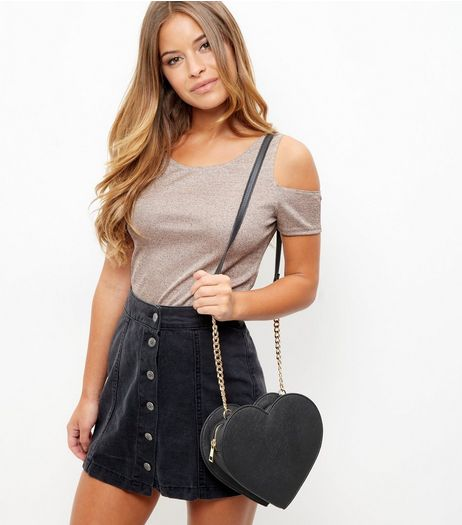 Black Heart Chain Shoulder Bag | New Look
