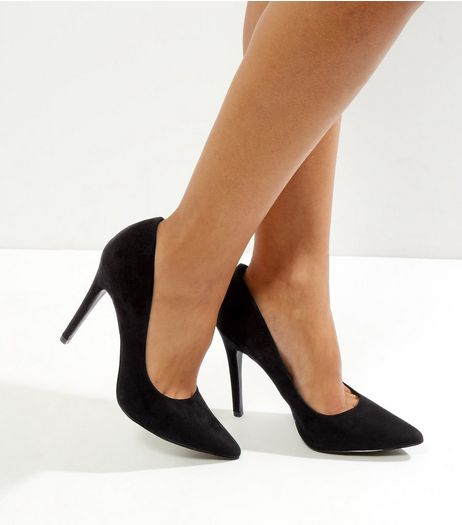Black Pointed Court Shoes | New Look