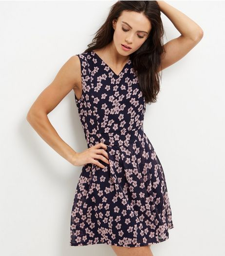 Mela Navy Floral Print V Neck Dress | New Look