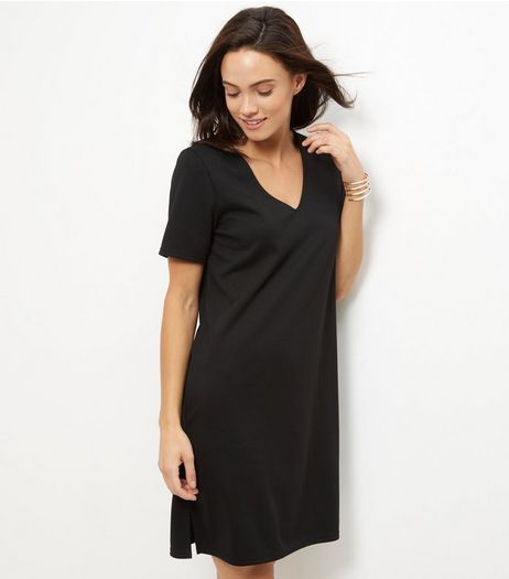Black V Neck Tunic Dress  | New Look