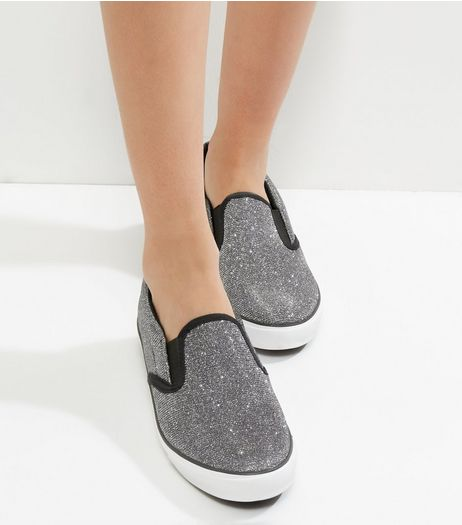 Wide Fit Silver Glitter Contrast Trim Slip On Plimsolls | New Look