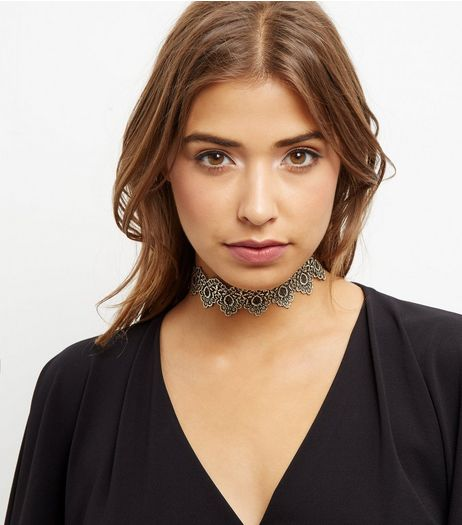 Gold Lace Choker | New Look