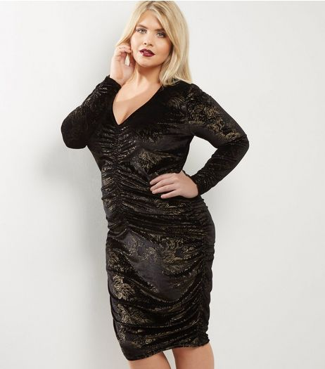 Curves Black Velvet Gold Foil Ruched Front Bodycon Dress | New Look
