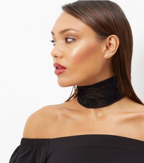 Black Flocked Lace Choker | New Look