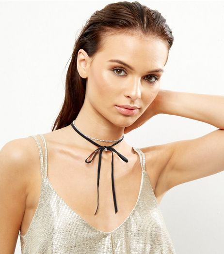 2 Pack Black Bow Diamante Chokers | New Look