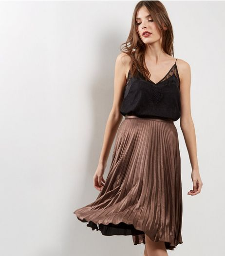 Gold Metallic Pleated Midi Skirt  | New Look