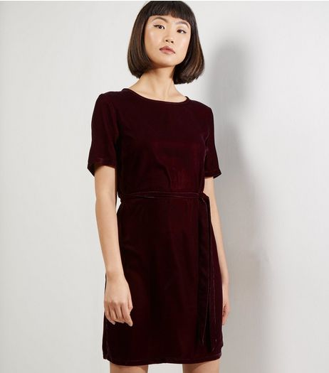 Burgundy Velvet Belted T-Shirt Dress | New Look