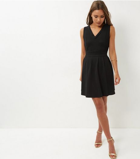 Mela Black Beaded Trim V Neck Dress | New Look
