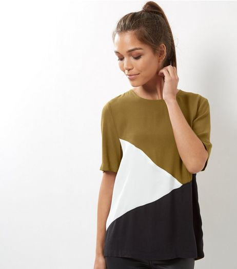 Green Colourblock T-Shirt | New Look