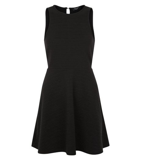 Petite Black Sleeveless Skater Dress | New Look