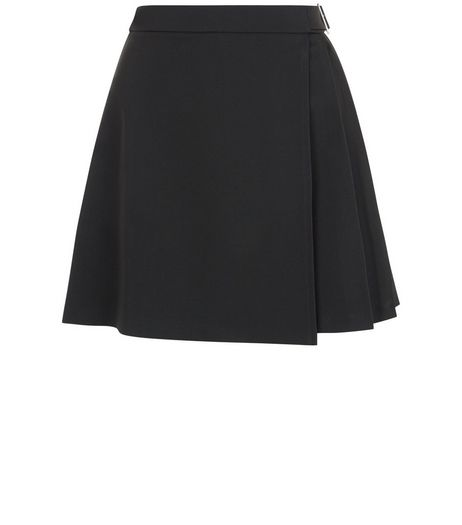 Petite Black Pleated Belted Skirt | New Look