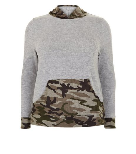 Curves Green Camo Patched Lounge Top | New Look