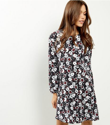Black Floral Print Long Sleeve Swing Dress | New Look
