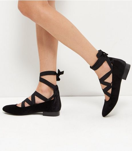 Black Velvet Tie Block Heel Pumps | New Look