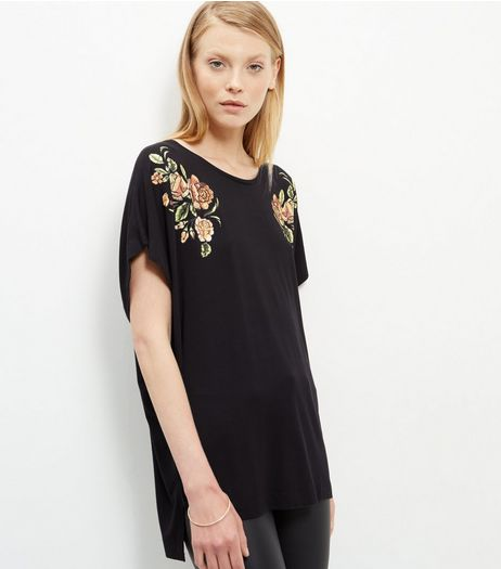 Black Textured Floral Print Batwing T-Shirt  | New Look
