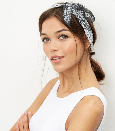 Dark Grey Leopard Print Bandana | New Look