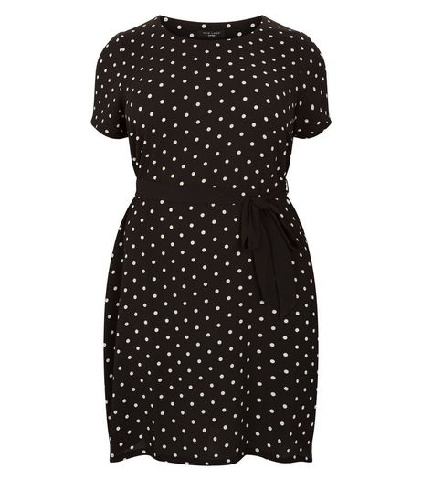 Curves Black Spot Print Belted Dress | New Look