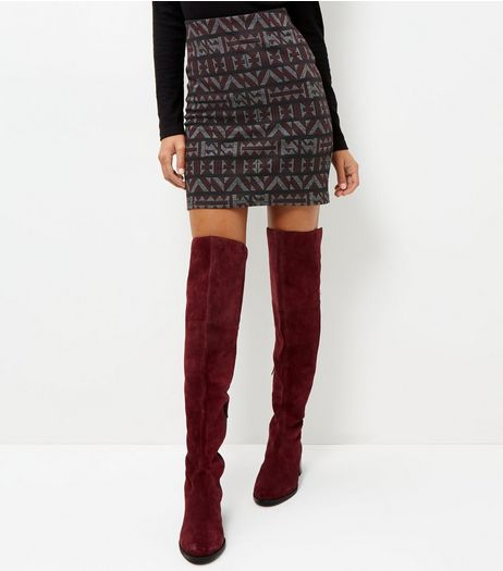 Burgundy Abstract Print Jacquard Textured Tube Skirt  | New Look