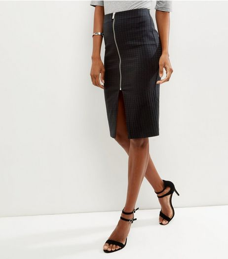 Black Dogtooth Bengaline Pencil Skirt  | New Look