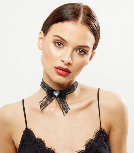 Black Lace Bow Choker | New Look
