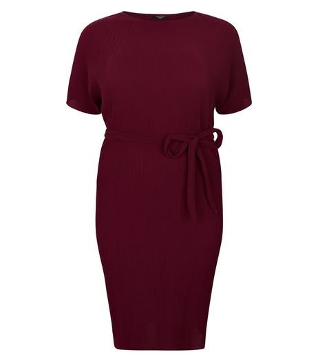 Curves Burgundy Pleated Midi Dress | New Look