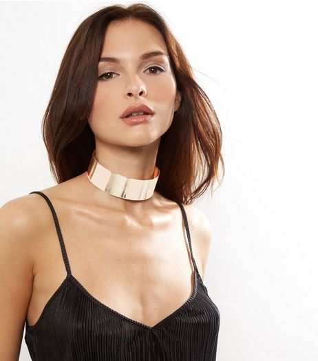 Mid Pink Wide Metal Choker | New Look