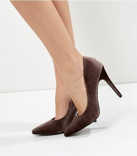 Brown Velvet Pointed Court Shoes | New Look