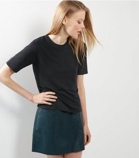 Black Soft Wash T-Shirt | New Look