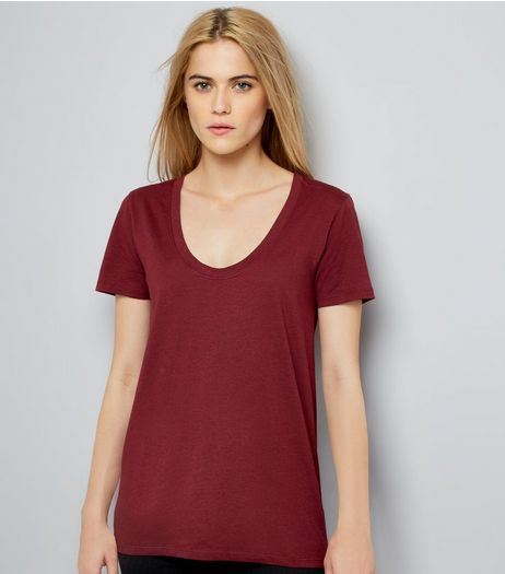 Burgundy Scoop Neck Short Sleeve T-Shirt | New Look