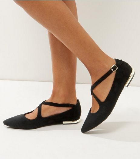 Wide Fit Black Suedette Cross Strap Pumps | New Look