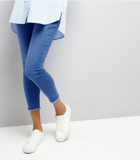 Maternity Blue Raw Hem Over Bump Jeans | New Look