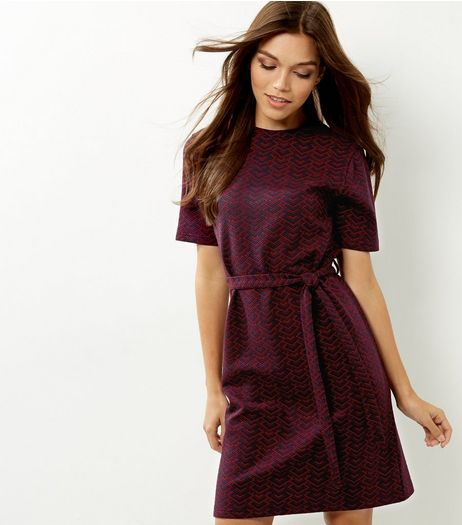 Red Jacquard Short Sleeve Belted Tunic Dress | New Look