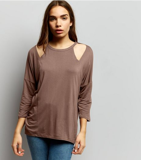 Brown Cut Out Front 3/4 Sleeve Top | New Look