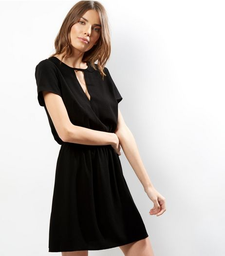 Black Keyhole Front Elasticated Waist Dress | New Look