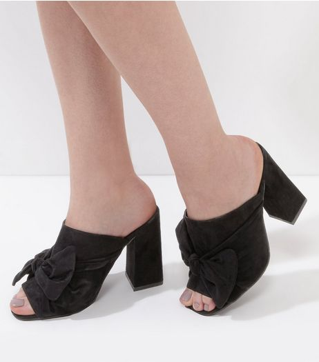 Wide Fit Black Suedette Bow Front Heeled Mules | New Look