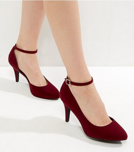 Wide Fit Red Suedette Cut Out Side Court Shoes | New Look