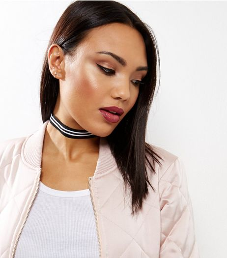 Monochrome Stripe Choker | New Look