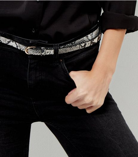 2 Pack Black and Snakeskin Skinny Belts | New Look