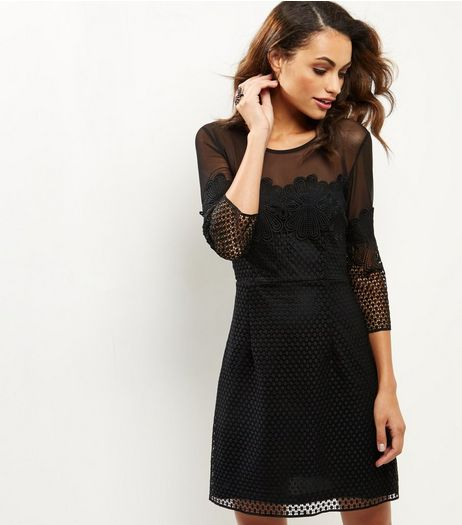 Black Mesh Panel 3/4 Sleeve Shift Dress | New Look