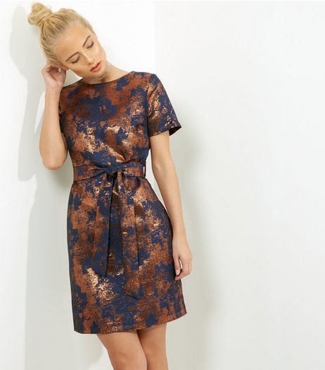Bronze Jacquard Tie Waist Shift Dress | New Look