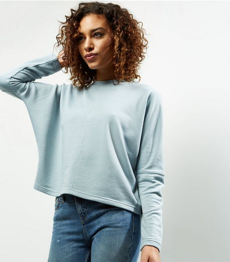 Pale Blue Batwing Sleeve Cropped Sweater  | New Look
