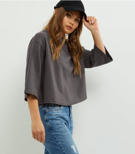 Dark Grey 3/4 Wide Sleeve Cropped Sweater | New Look