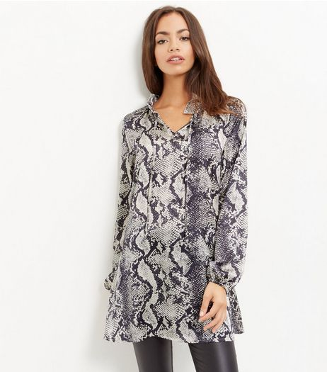 Blue Vanilla Black Snakeskin Print Tunic | New Look
