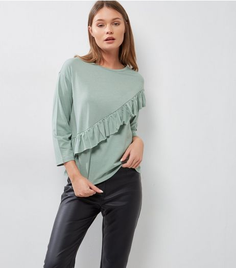 Green Diagonal Frill Trim 3/4 Sleeve T-Shirt | New Look
