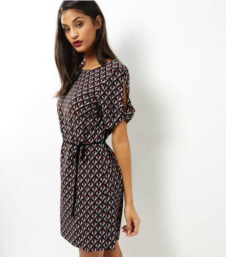 Black Geo Print Belted Short Sleeve Tunic  | New Look